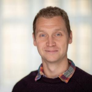 Dr Craig Holmes